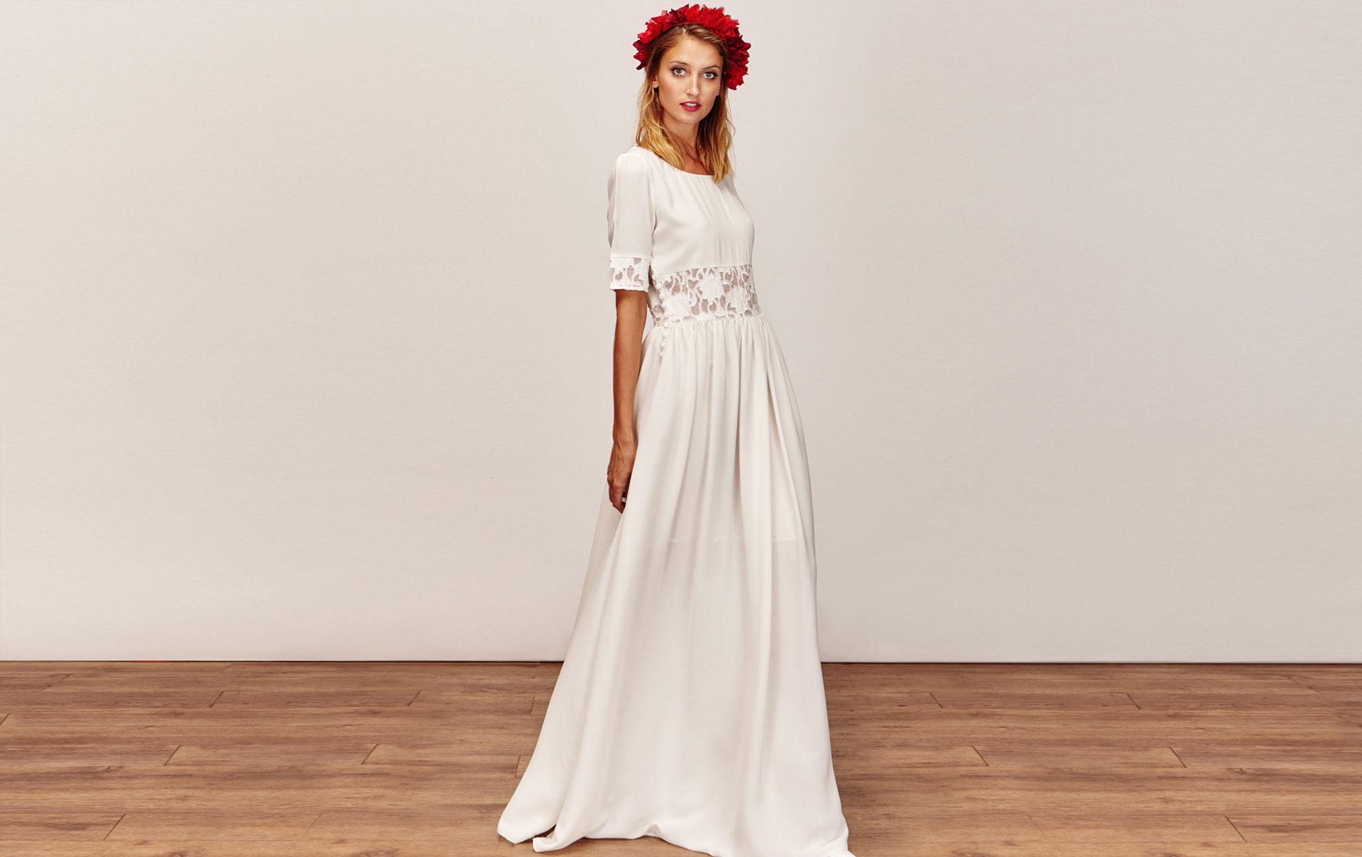 Robe de mariée longue bohème effet crop-top en dentelle a manches longues pas  cher d70905e9fd5e