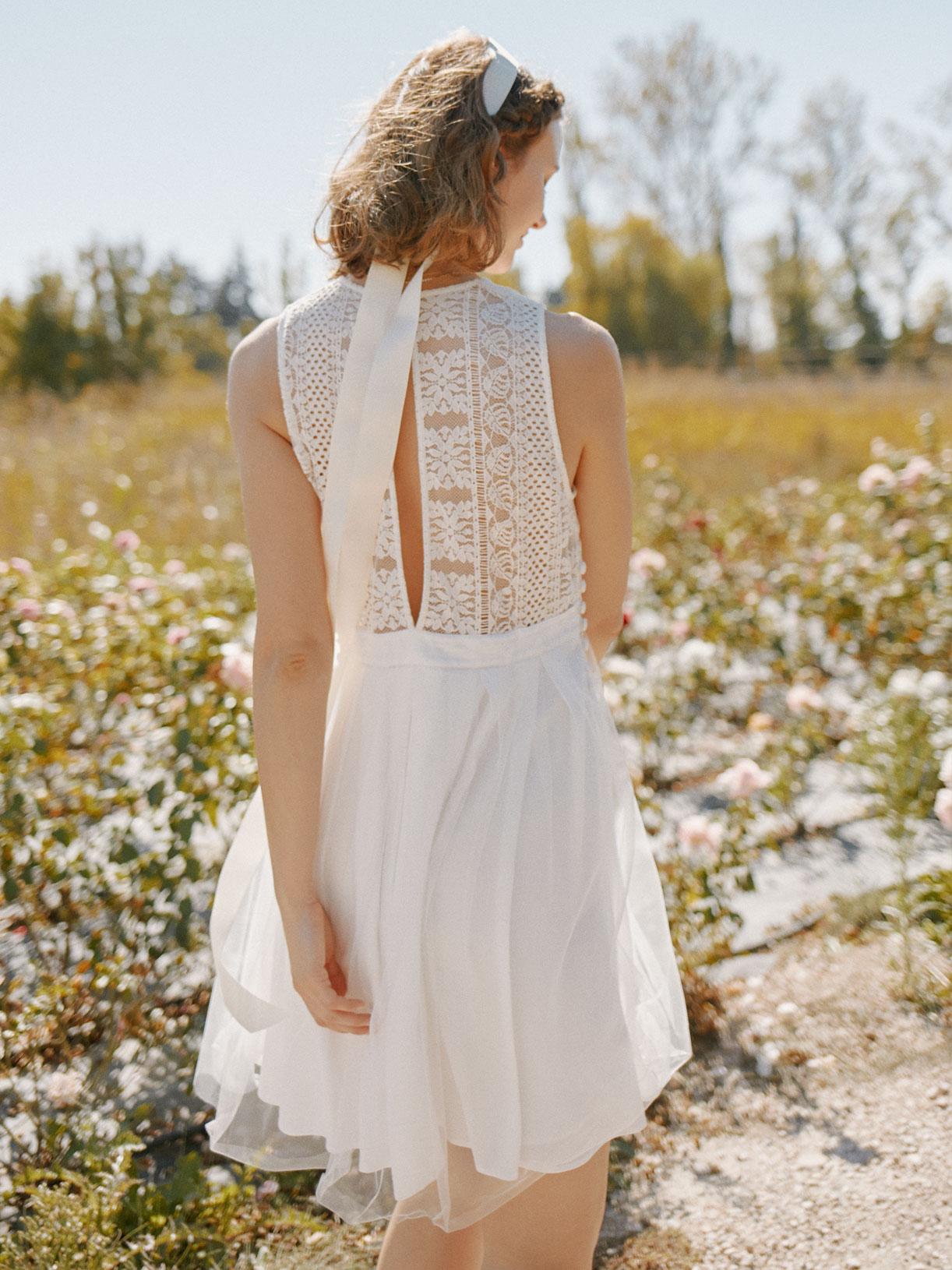 Robe de mariée civil courte en dentelle écoresponsable - Creatrice de robe de mariée éthique et bio a Paris - Myphilosophy