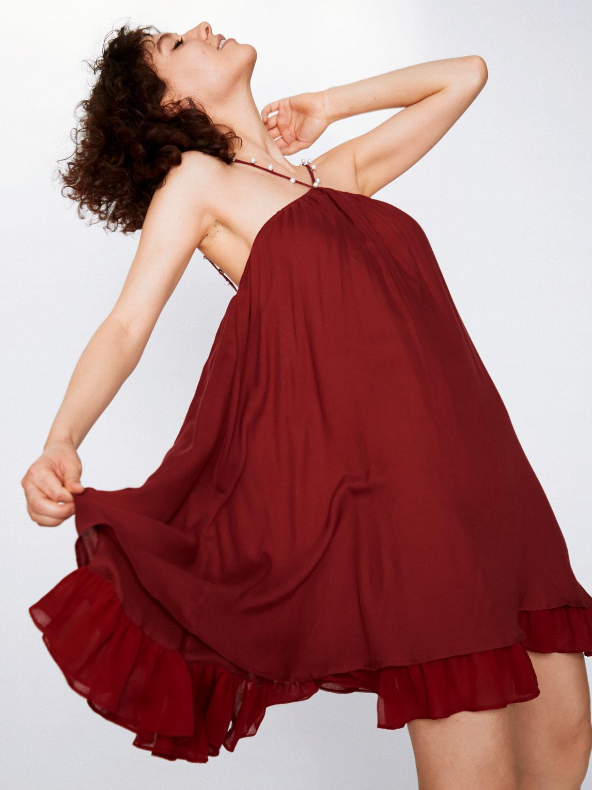 Robe d'invitée mariage rouge a volants écoresponsable - Creatrice de mode éthique et bio a Paris - Myphilosophy