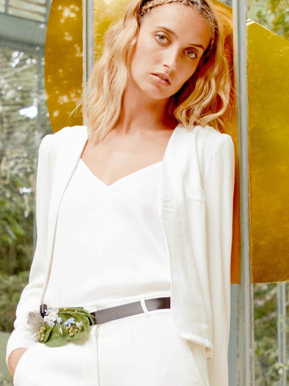 GREY - Veste de tailleur de mariée femme blanc - Robe de mariée créateur et sur-mesure pas cher a Paris - Myphilosophy