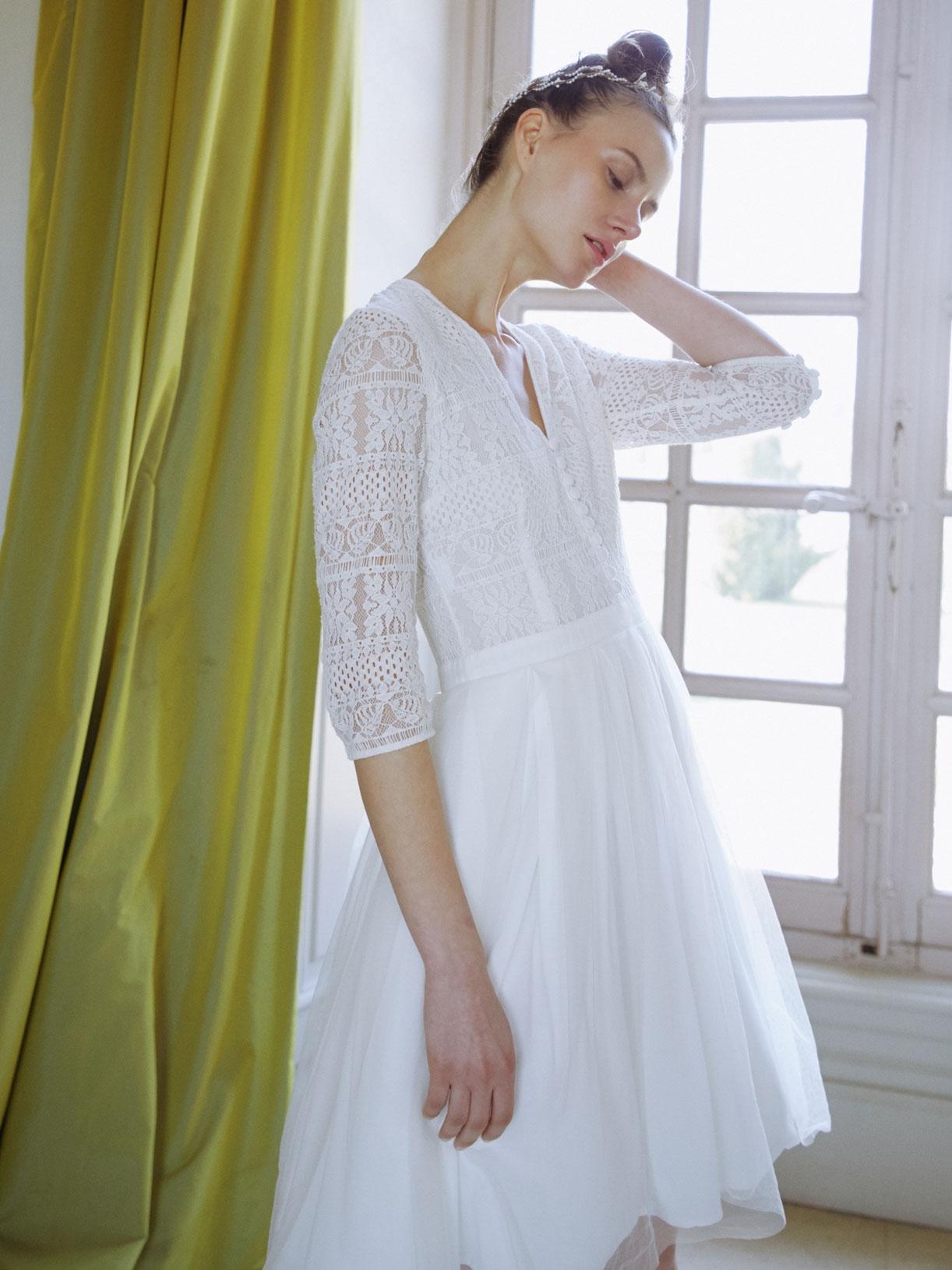 KELLY - Robe de mariée courte en dentelle et tulle pour mariage civil - Créatrice de robes de mariée sur-mesure éthique et bio sur Paris - Myphilosophy