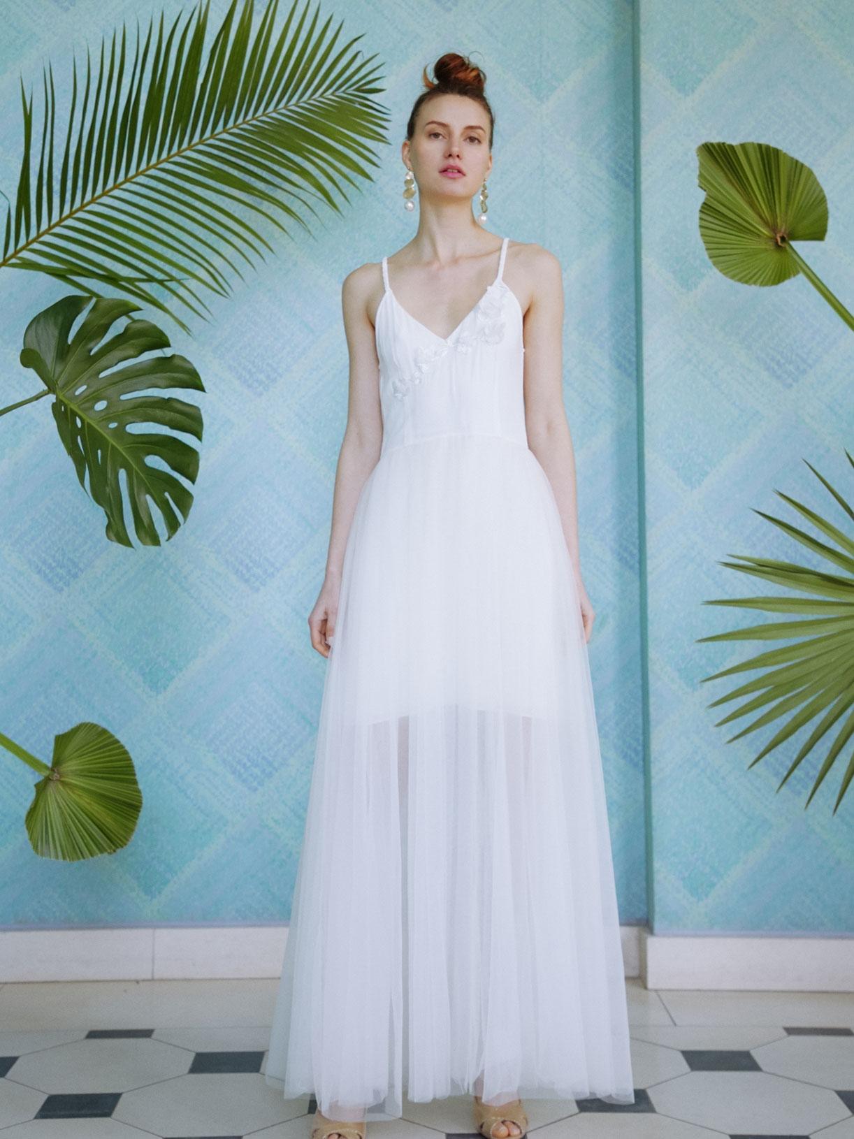 ISABEL - Robe de mariee longue en tulle transparent et fines bretelles - Créatrice de robes de mariée sur-mesure éthique et bio sur Paris - Myphilosophy