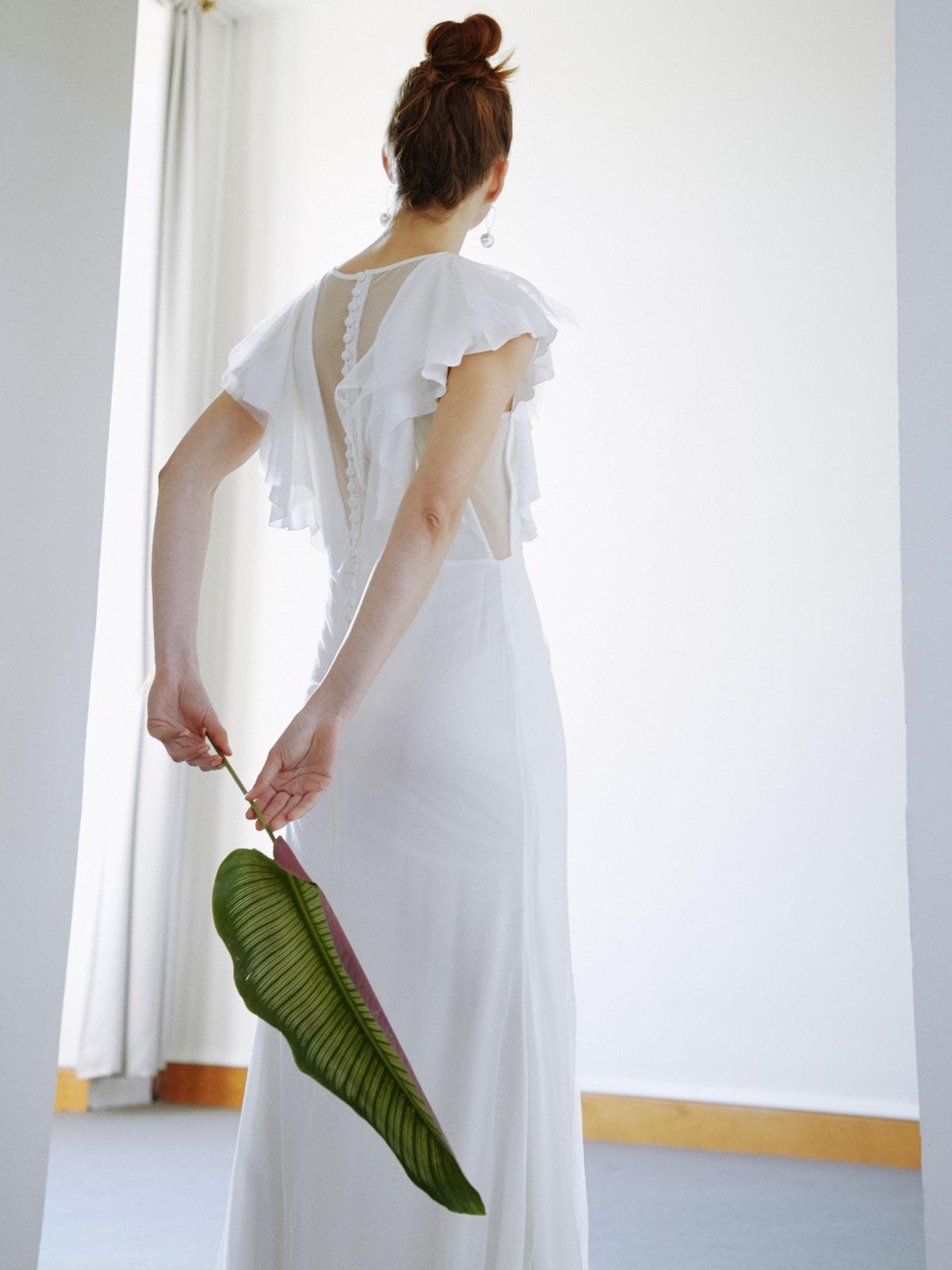 ANGEL - Robe de mariée a volants et dos-nu en tulle découpé - Créatrice de robes de mariée sur-mesure éthique et bio sur Paris - Myphilosophy