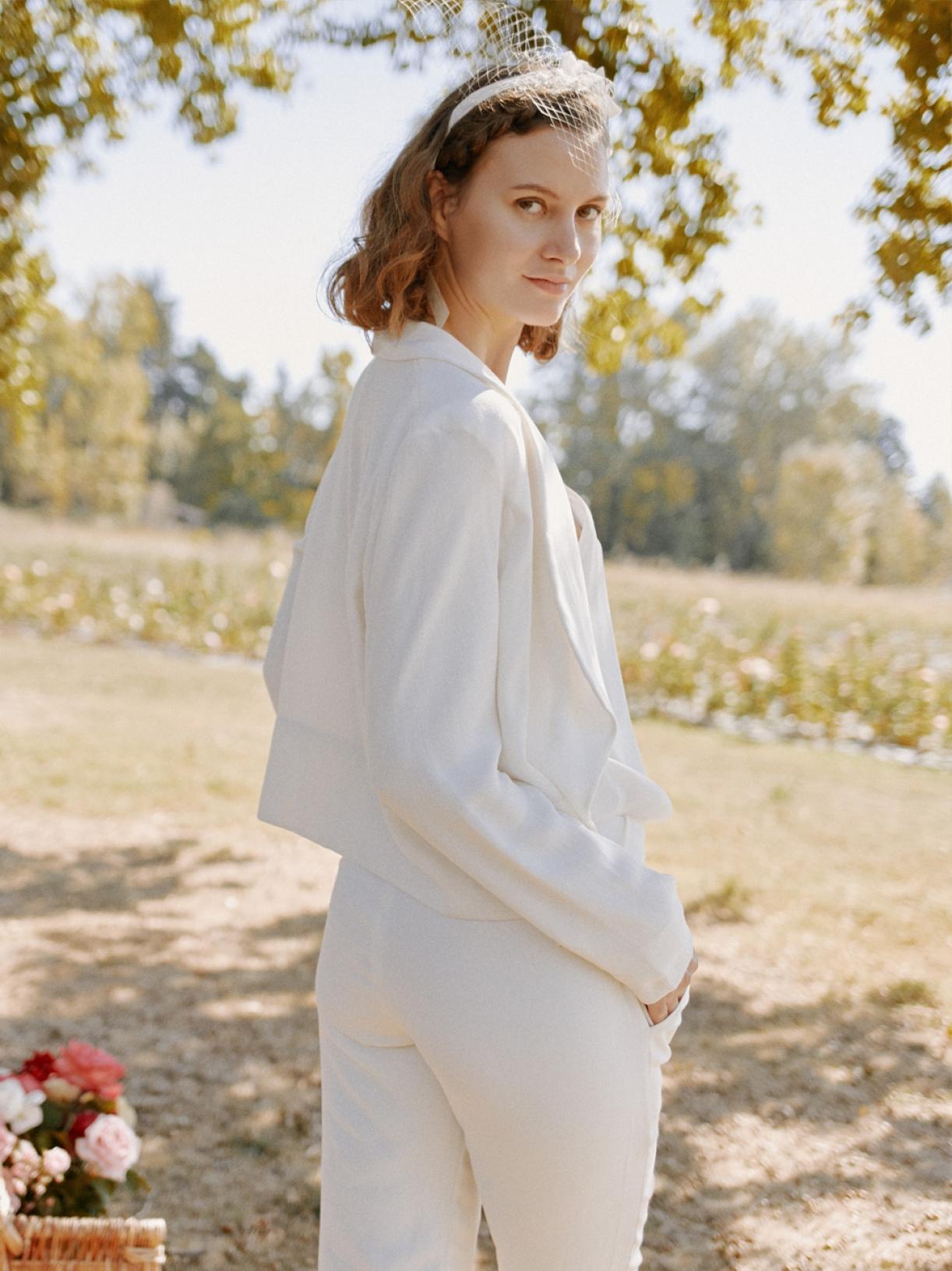 LILI - Veste Tailleur de mariée créateur et sur-mesure pas cher a Paris